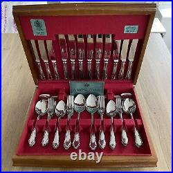 ARTHUR PRICE Canteen stainless steel 44 piece cutlery set in Wooden case VINT