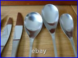 Old Hall Alveston 82 Pce Cutlery Canteen Immaculate Vintage