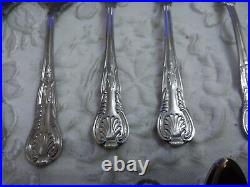 Oneida Stainless Steel Old Cutlery Set 45 Pieces in Wooden Box