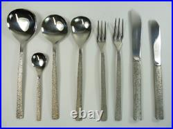 VINERS Cutlery STUDIO Pattern 44 piece Canteen for 6