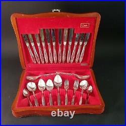 Vintage 44 PC Oneida Flexfit melissa Canteen Cutlery Set retro stainless boxed