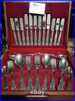 Vintage Viners 44 Piece Cutlery Set