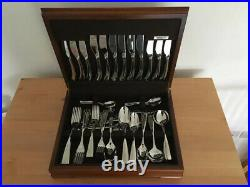 Wedgwood 18/10 8 Piece Cutlery set in Harrods presentation box, barely used